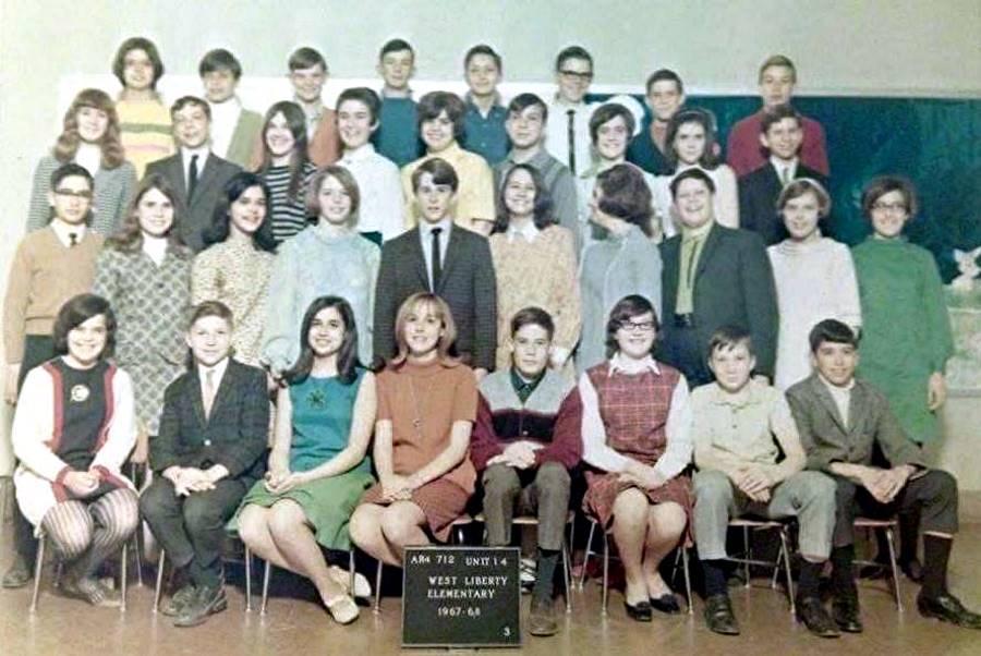 West Liberty School 8th Grade Class 196768